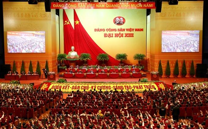 Mỗi cán bộ đảng viên nắm vững nội dung cơ bản, cốt lõi và những điểm mới trong các văn kiện Đại hội, từ đó thực hiện đúng đắn, sáng tạo Nghị quyết