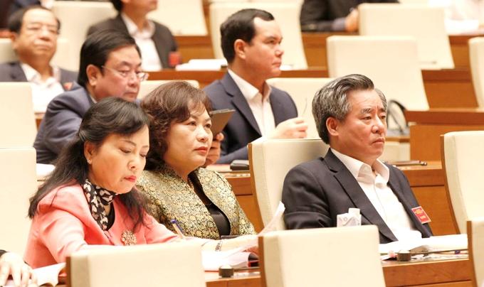 Các đại biểu tại điểm cầu Diên Hồng.